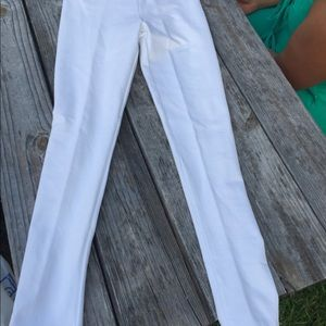 NWOT zig zag stripe white legging